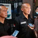 Dua Advokat Forum Wartawan Jakarta (FWJ) Hans Suta SH dan Juliyanta Sembiring SH.